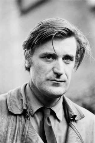 words and experience ted hughes 'bayonet charge' is a poem written by ted hughes it is included on the english literature gcse syllabus it depicts the thoughts and feelings of one soldier as he charges at the enemy and begins to question his role in the battle.